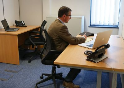 Medium office suitable for up to 4 people